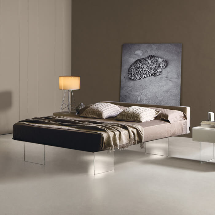 Features & Air Bed: a modern elegant bed | LAGO Design