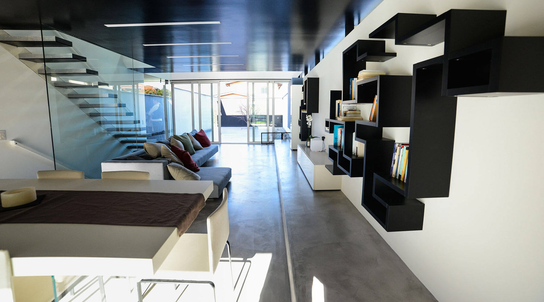 Appartamento lago lugano design apartment lago for Appartamento lago design