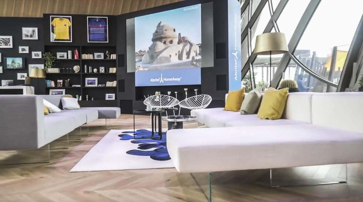 Tour Eiffel Air Sofa
