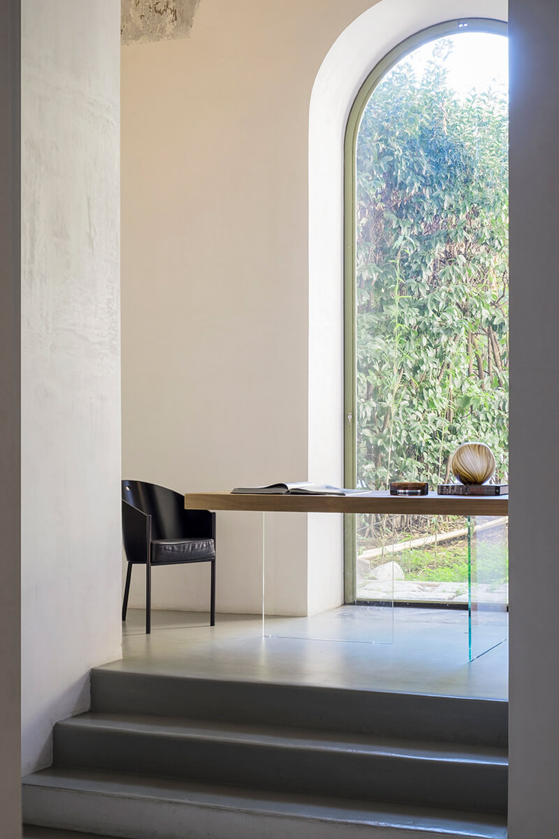 Air Table With Chair