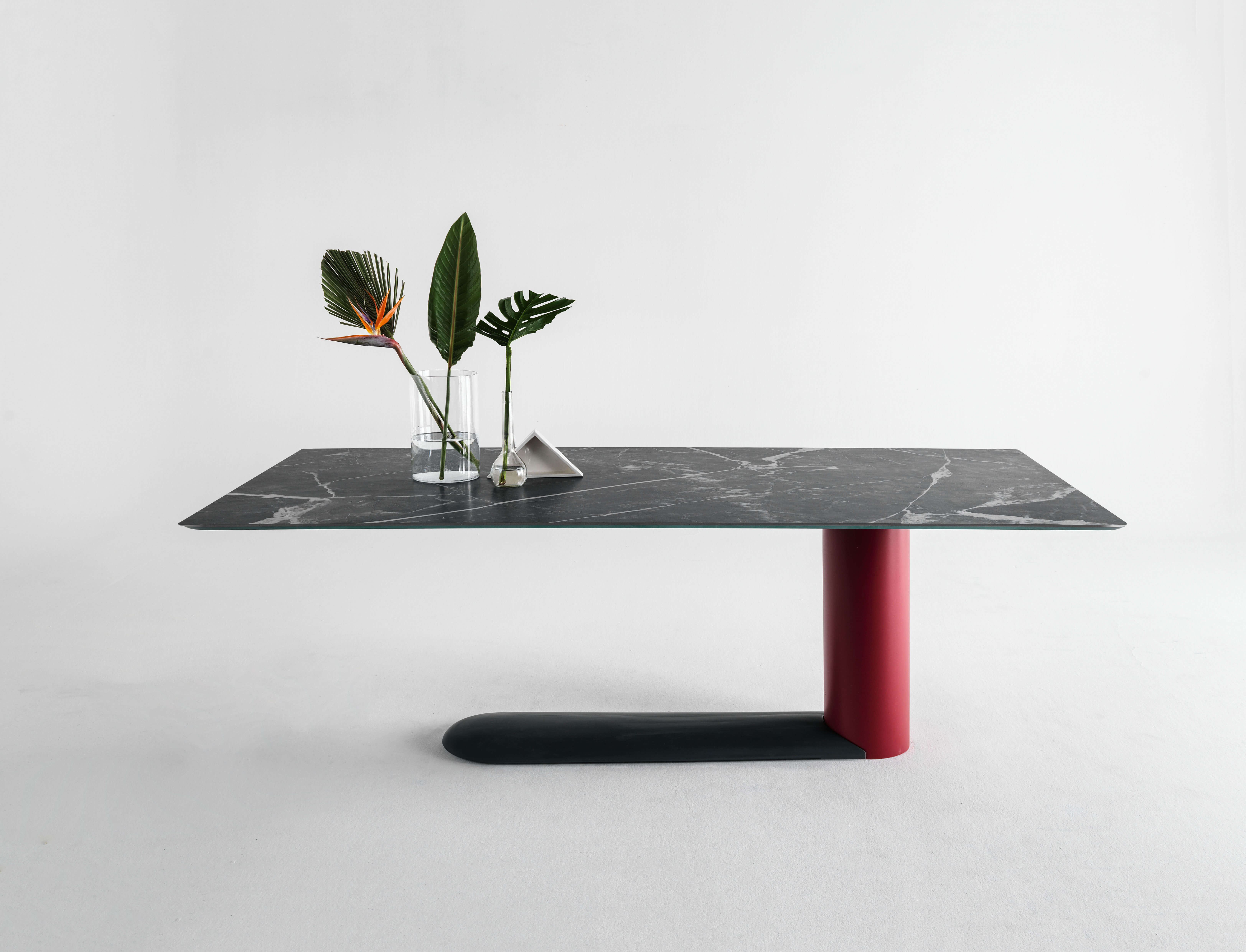 Good Design Award 2018 For The Bold Table And The Innovative Xglass