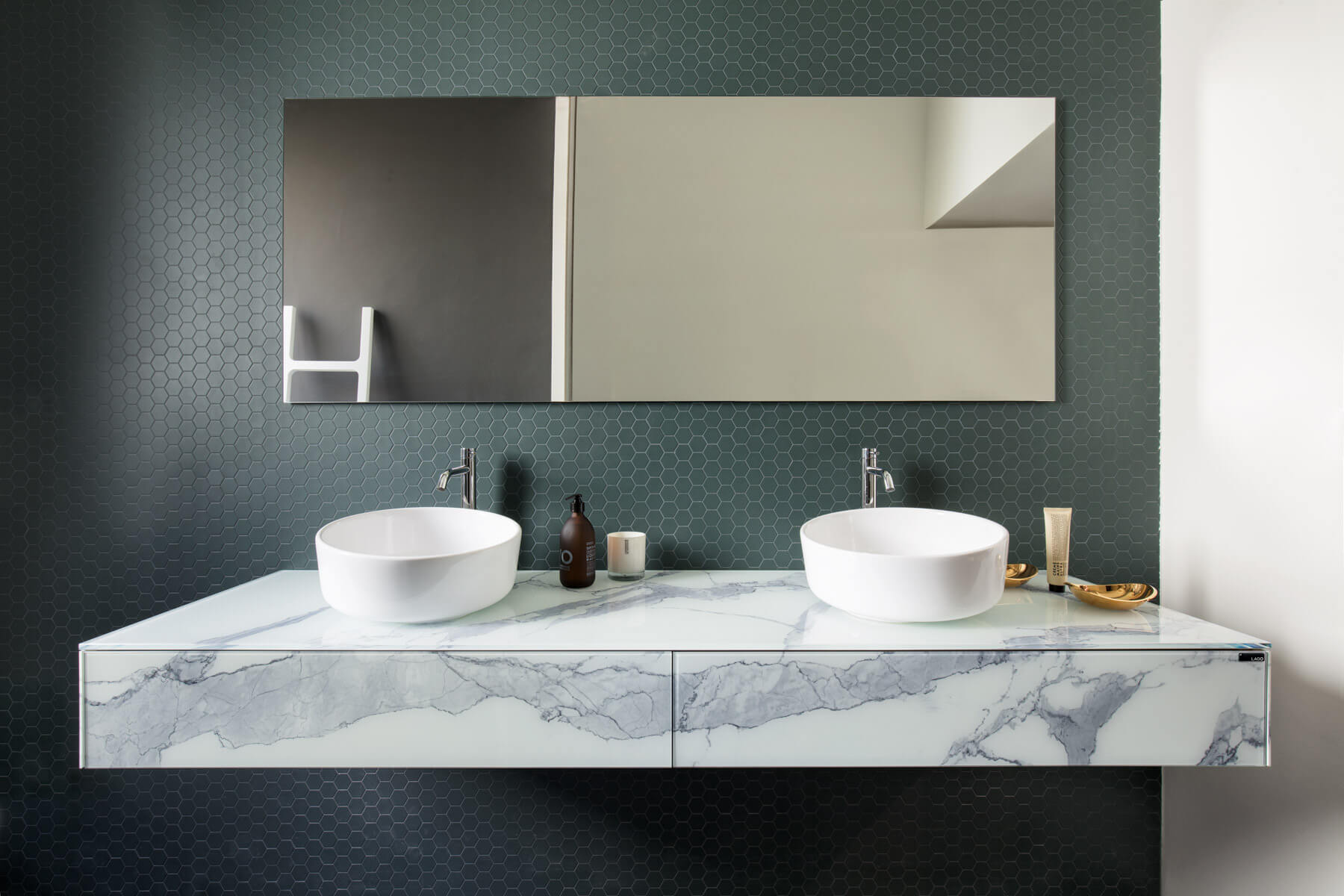 inbilico_basin_bathroom