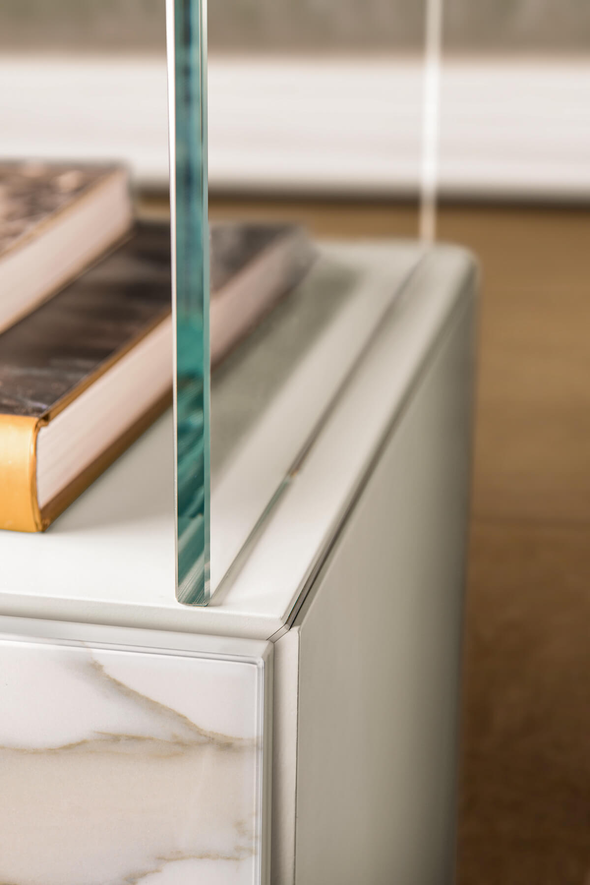 wall unit glass detail